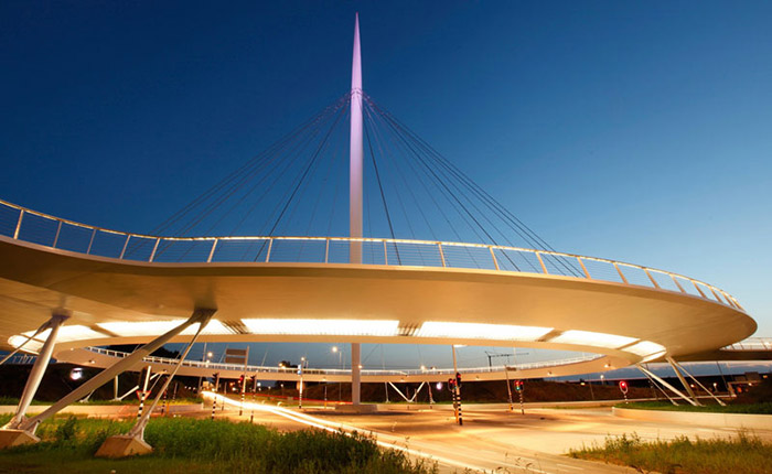 worlds-first-suspended-bicycle-roundabout-hovenring-by-ipv-delft-netherlands-6