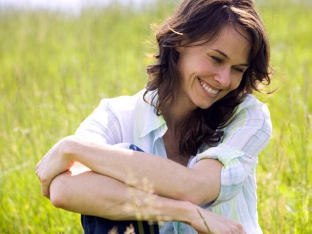 woman-laugh-comp-639250-620x465